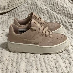 Nike Air Force 1 Sage Low Particle Beige